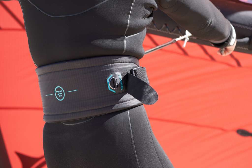 Кайт Трапеция RideEngine 2022 Vinaka Wingsurf V1 Black Harness